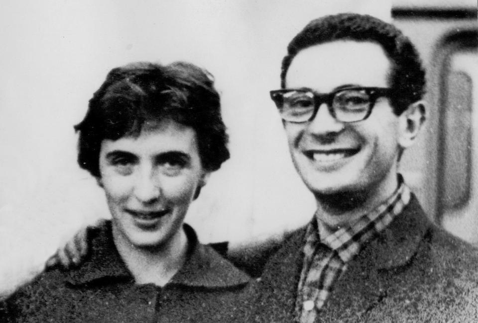 Людмила Климанова и Валерий Смолкин после лагеря. Ленинград, сер. 1970-х.