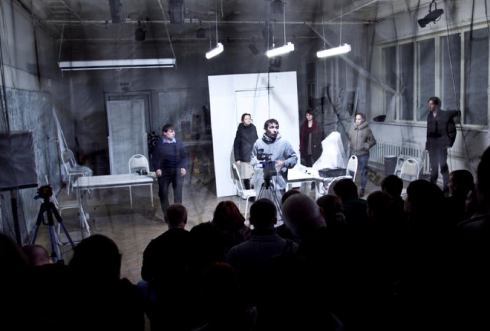 """Документальный спектакль """"Антитела"""" в Балтийском доме. Фото с сайта театра."""