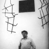 Борис Миркин в бывшем лагере Пермь-35 во время встречи политзаключенных. 1992